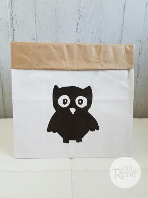 Van René Uil Small Zwart Paper Bag